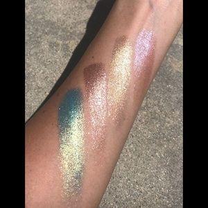 Kylie Cosmetics Makeup - Kylie Cosmetics Eyeshadow Glaze Aqua Mama